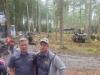 Demo Forest 2017 Belgia - Ponsse Ranskan tj Clement Puybaret (vas.) ja Ponssen uusi markkinointipäällikkö Juha-Matti Raatikainen jämäkkänä messuilla