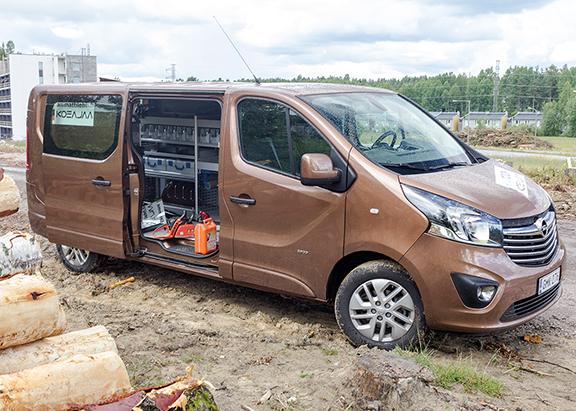 Ammattilehti Koeajaa: Opel Vivaro 1.6 CDTI ecoFLEX BiTurbo Sportive L2H1