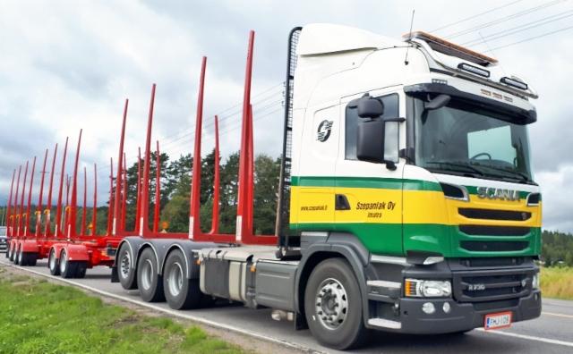 Siirtoauton kuorma on luokkaa 60 tonnia ja se lastataan erillisnosturilla ja purku on Äänekoskella purkukoneilla.
