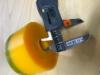 Uretaanikumista valmistettujen  pankkokiinnityksen värinän-/ iskunvaimentimien lopulliset tuotteet tehdään muottivaluna.