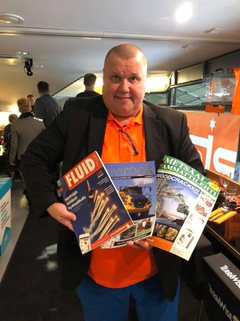 Kiekkolegenda Timo Jutila ja Ammattilehtien hyökkäysketju