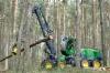 John Deere esitteli uutuksia maaliskuussa 2018 Saksassa Klinkissä. John Deere 1170G -harvesteri älykkäällä IBC-puomiohjauksella teki mäntytukkia saksalaisessa kangasmetsässä.