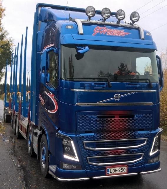 76 tonninen neljän nipun siirtoauto 175 m3.