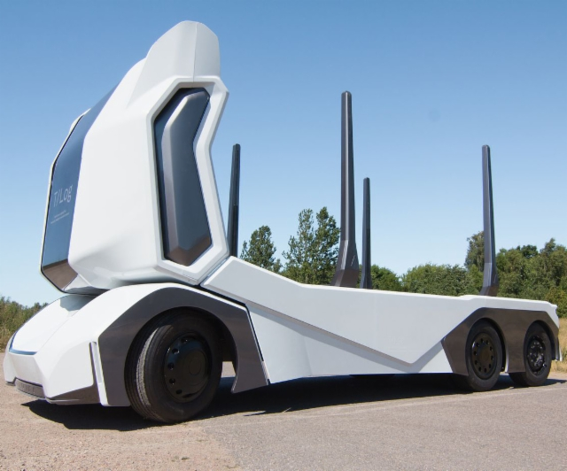 Sähkökäyttöinen T-Log puutavara-auto operoi ilman kuljettajaa