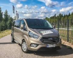 AMMATTILEHTI KOEAJAA: Ford Tourneo Custom - Huippumukava tila-auto