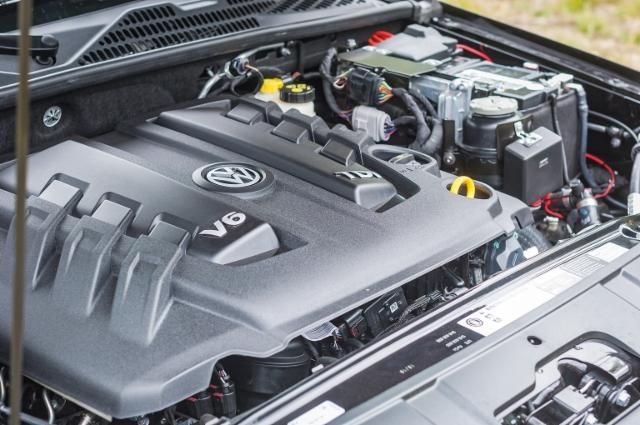AMMATTILEHTI KOEAJAA: VW Amarok DC Highline 3,0 TDI 190kW Automaatti - Tehopäivitetty Amarok