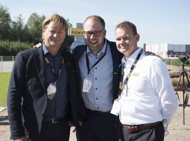 Ponsse avasi uuden koulutuskeskuksen Pietariin elokuun lopulla 2019 - kuvassa Juha Vidgren, Juho Nummela ja Jaakko Laurila