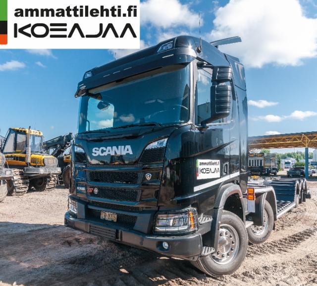 AMMATTILEHTI KOEAJAA: Scania R 500 XT ritiläauto - Tehokasta koneiden siirtoa työturvallisuuden ehdoilla