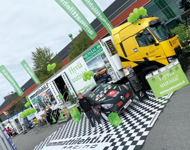 Ammattilehden Mediarekka Power Truck Showssa 2019 - Jonne Ollikainen oli paikalla RX Academy Renaultin kanssa ja veturina F1 Renault Trucks