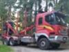 Korpikuljetuksen edellisellä Sisu E18 Cat -mallilla ajettiin 2.081.000 kilometriä ja luotettava auto on edelleen hyvässä iskussa.
