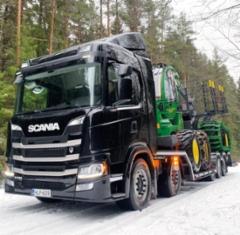 Viitanen Yhtiöt Oy valmisti ritilärakenteen uuteen Scania G 500 10x4 kuorma-autoon, mistä kaupat tehtiin Tampereen Scania-myyjä Kimmo Niemen kanssa. Pituutta autolla on 13,5 metriä ja kantavuutta 29.200 kg.