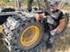 - Pewag telat on tehty kaikin puolin laadukkaasti ja vahva erikoisteräksinen rakenne sekä karkaisutekniikka lupaa hyvää kulutuskestävyyden suhteen, sanoo yrittäjä Juha Holm