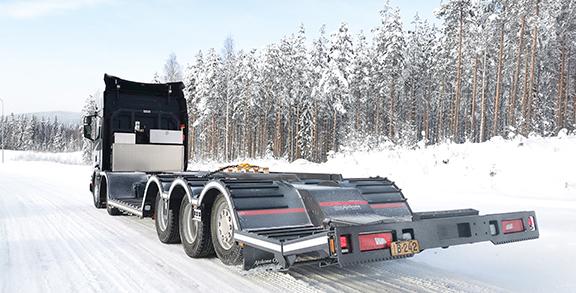 AMMATTILEHTI KOEAJAA: Scania R540 XT 10x4*6 koneenkuljetusauto - Menestysresepti