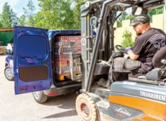 AMMATTILEHTI KOEAJAA: Renault Express Blue dCi 95 3.3 m3 - Torpparista siniveriseksi