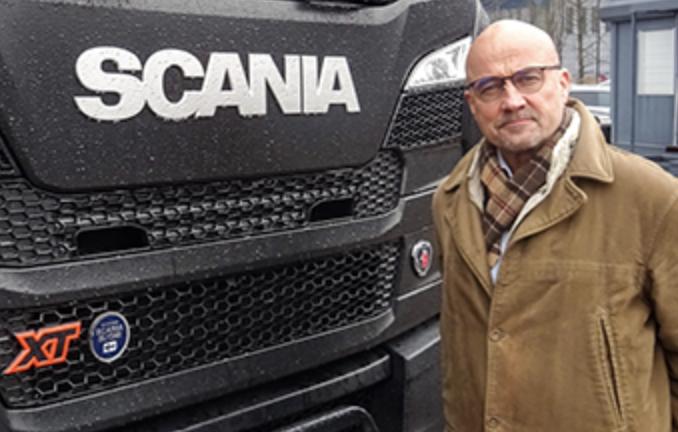 Scania_hallikainen.png