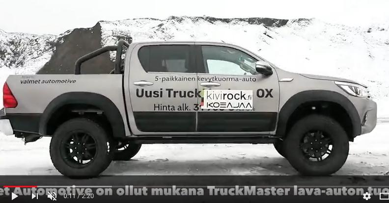 truckmas2.jpg