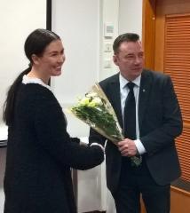 Kukkia puheenjohtajalle Tiinalta 4.1.2019