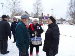 Korin kanssa Outi Pekkala, takana Anne Huotari
