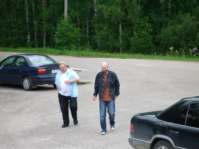 Ollin ja Mikan saapuminen Asemalle