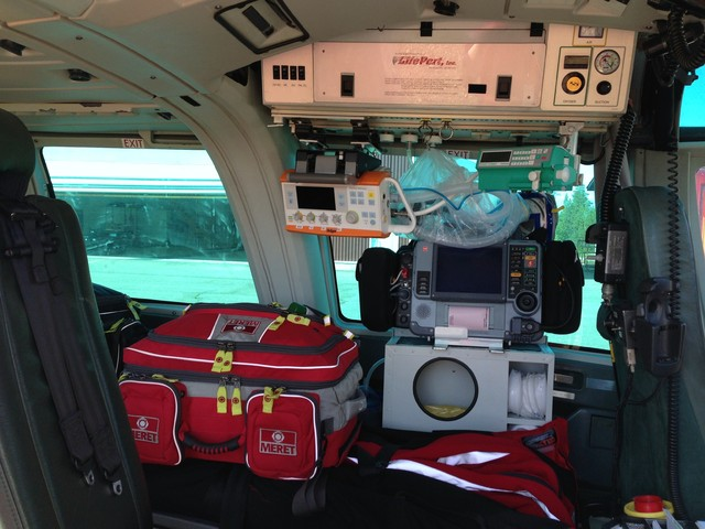 Dauphin on varustettu nykyaikaisilla ensihoito-ja valvontavälineillä