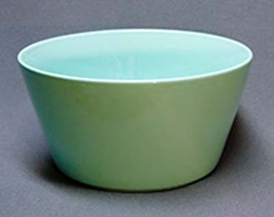 Arabia serving dishes, serving bowls, trays, egg cups & candleholders