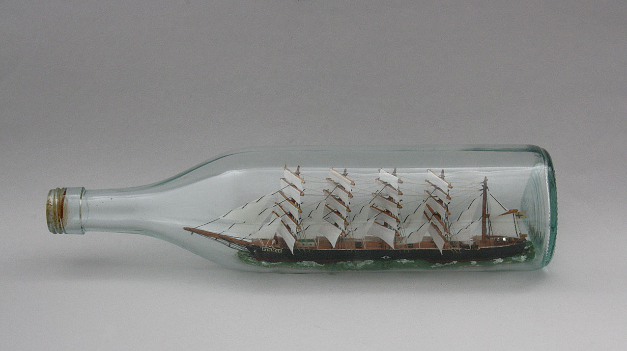 Laiva Pullossa
