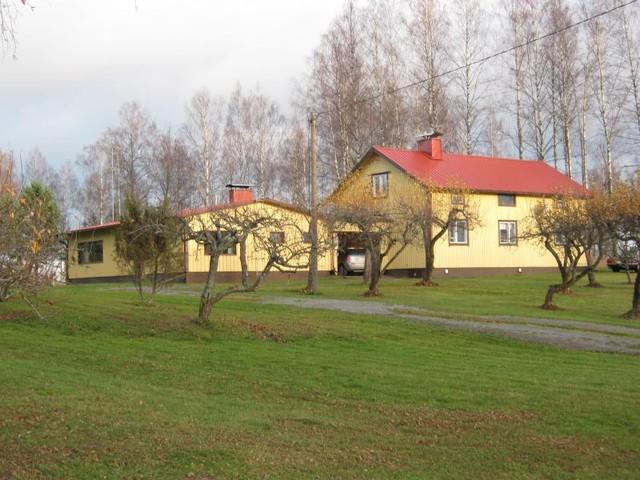 lohja kahden talon kokonaisuus+talousrakennus 265t.