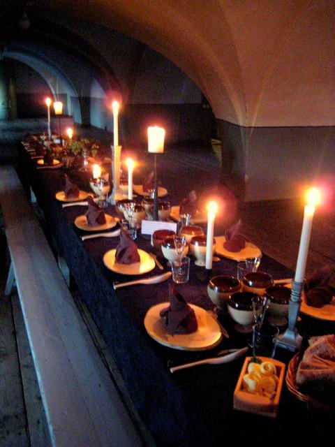 Keskiaikaiset juhlat Pirunkirkossa