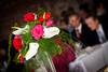 Buffet-pöydän kukka-asetelma