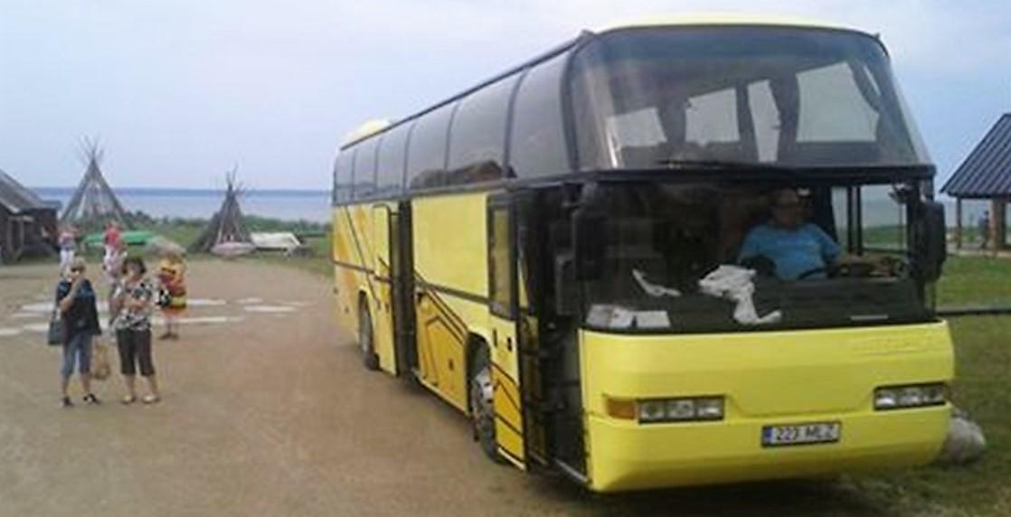 Bussi_Saarenmaa_1.jpg