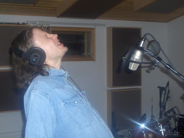 studio_henkka