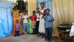 Pyhäkoulun lapset
