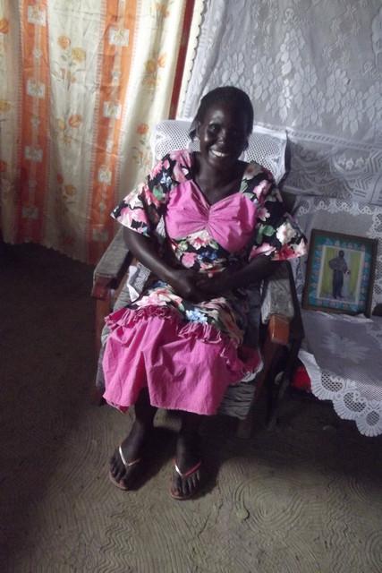 Jane, leskien ryhmän johtaja ja Bethel päiväkodin työntekijä