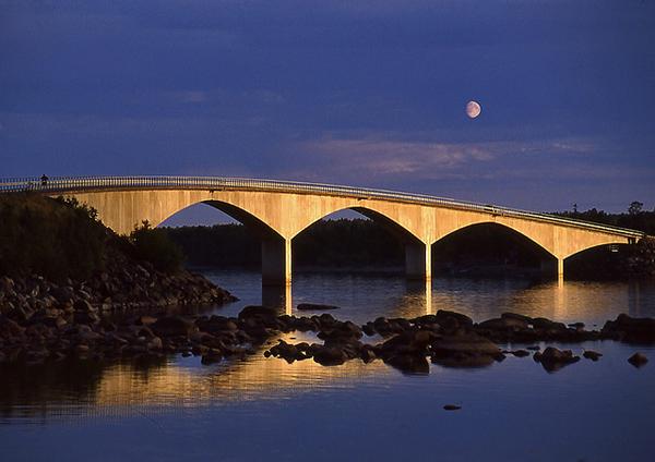 Seskarö bridge