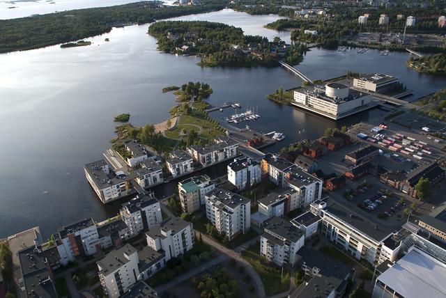 Kiikelinranta, kaupunginteatteri, kirjasto, kauppahalli, Pikisaari