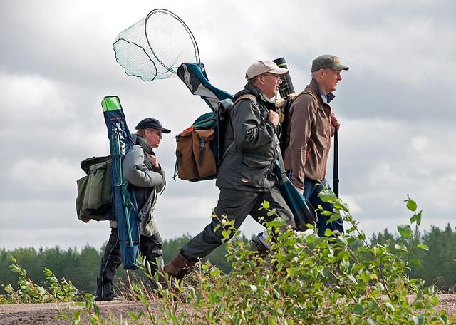 Kalastajia Iijoella