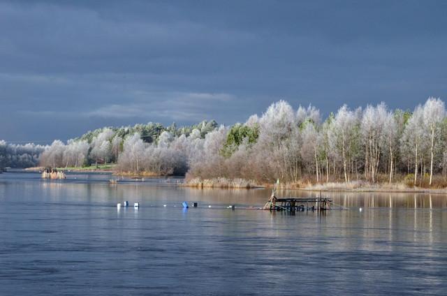 Iijoki syysaamuna, frosty morning
