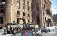 vaunut tauolla sarajevossa 1996