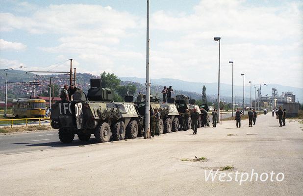 vaunuja tauolla sarajevossa 1996