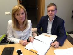 Main contract of 21.600 m2 office building agreement sign
