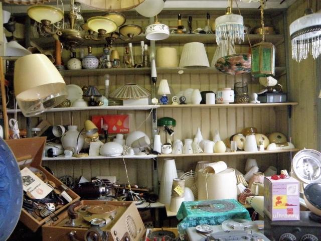 Joka lähtöön kaikenlaisia lamppuja