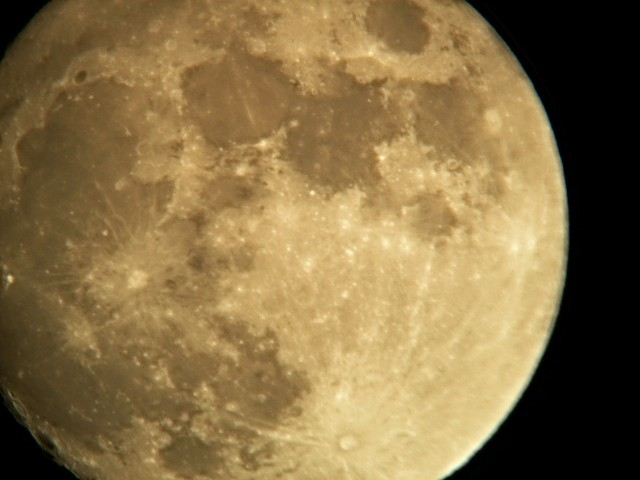 glory of the moon UWA+TeleVue Big Barlow 2x 20th march at 19.47 ut