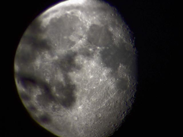 moon 21.5.11 klo 0.38 ut ultima 80 sony dsc-w50dsc00076