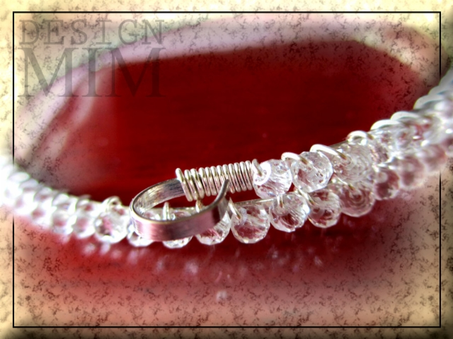 "Tennis bracelet, ""Memory"" close-up 1"