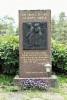 Hukkuneiden merimiesten muistomerkki, Värdön kirkko