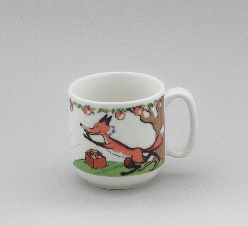 Arabia childrenu0027s tableware mug best pals Apple swing. Design Maileena Kurkinen. & Arabia childrenu0027s tableware mug best pals Apple swing. Design ...