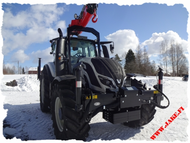 JAKE LC Boom Support + JAKE 804 LC + SPN Axle Stabilizer + Font Legs + LC Oil Tank + PTO pump unit, Palfinger PK 19.001, Valtra T174A, Switzerland