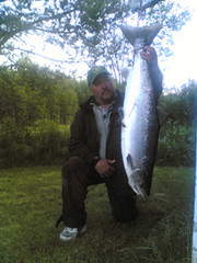 Maker himself. Tornio river and weight 13,8 kg.