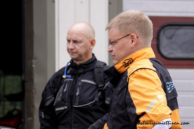 Jari Peltola ja Motojyskyn opas Mika Surakka