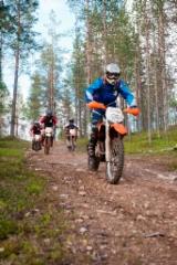 2012-7-9_20_team_motorrad_girls_isne_motojysky